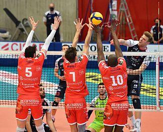 MVP Terpin popeljal v finale Bergamo