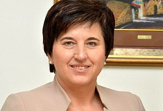"""Ministrica Ljudmila Novak: """"Treba se je boriti za poštenost in pravičnost!"""""""