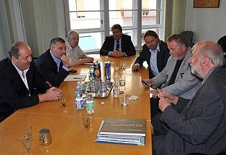Generalni konzul dr. Rupel gost gospodarskega foruma