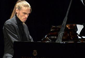 Pianist Ivan Skrt v Gorici