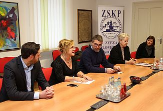 Slovenska društva imajo odprta vrata v deželni upravi