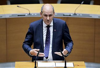 Državni zbor potrdil ministrsko ekipo Janeza Janše