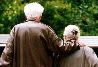 S staranjem postaja tudi naš imunski sistem šibkejši