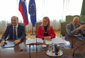 Ministrica dr. Helena Jaklitsch s predstavniki slovenske narodne skupnosti v Italiji