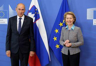 Veliko sredstev iz EU, premier Janez Janša s svojo razlago pravne države!