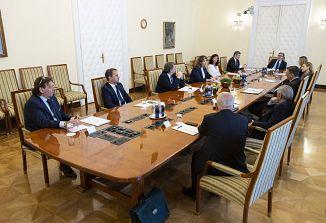 Predsednik Republike Borut Pahor je danes na delovni pogovor sprejel predstavnike slovenske narodne skupnosti v Italiji