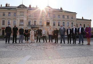 Na delu je žirija, ki bo nagradila projekte za oblikovanje Trga Evrope