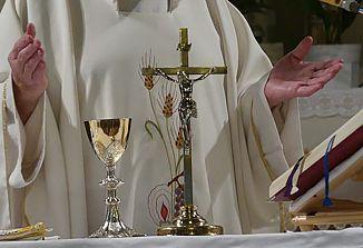 V Sloveniji se sv. maše lahko obhajajo do vključno četrtka, v skladu z navodili slovenskih škofov
