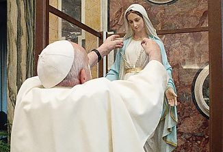 "Romanje ""Marije, ki je blizu"""