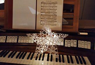 Božično obdobje z glasbo