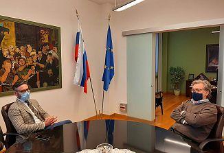 Generalni konzul Vojko Volk se je danes sestal s predsednikom Paritetnega odbora Marcom Jarcem