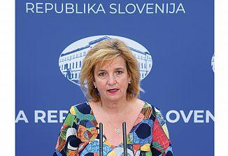 V Sloveniji zaradi pandemije začasno ustavljen del javnega življenja!