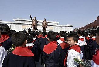 """Severnokorejski otroci """"prostovoljno"""" opravljajo fizično delo za državo"""