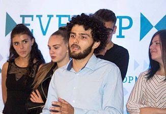 Alek Devetak je prejel klic s Kvirinala