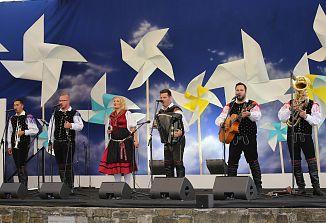 Praznik pesmi, veselja in slovenstva!