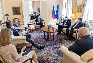 Slovenski predsednik Pahor sprejel predstavnike Fundacije Narodni dom