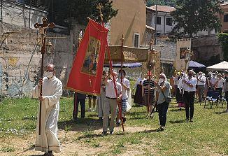 Slovesna bogoslužja, procesija in poživljajoči kres