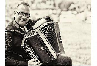 Denis Novato prejel najprestižnejšo nagrado narodnozabavne glasbe