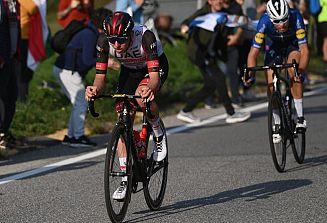 Tadej Pogačar zmagal na dirki po Lombardiji