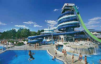 Slovenijo je lani obiskalo 2,3 odstotka več turistov