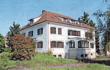 Mladinski dom Toneta Tomšiča v Št. Petru na Krasu