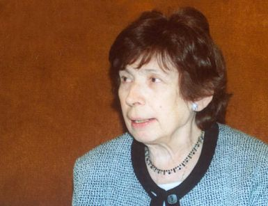 Danes ponoči je umrla prof. Lojzka Bratuž
