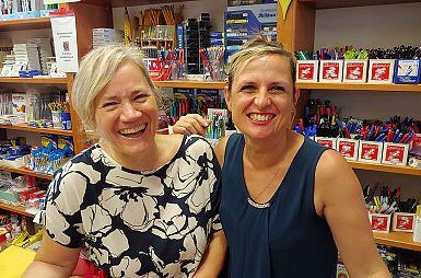 Z vedrino in prijaznim nasmehom vabita v Katoliško knjigarno