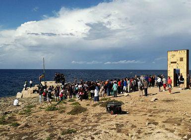 V Italiji ni invazije migrantov