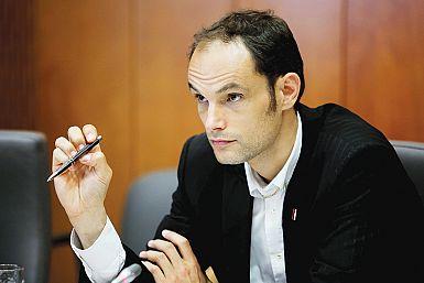 Civilnodružbene organizacije pozivajo opozicijske stranke, naj sodelujejo z vlado pri premagovanju virusa covid-19!