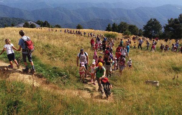 Množičen družinski pohod na Matajur
