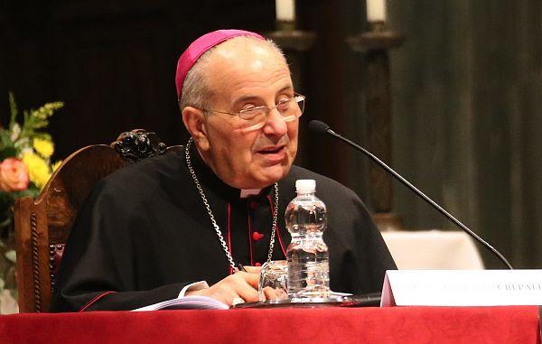 """Nadškof Crepaldi: """"Živeti kot svetnik"""""""
