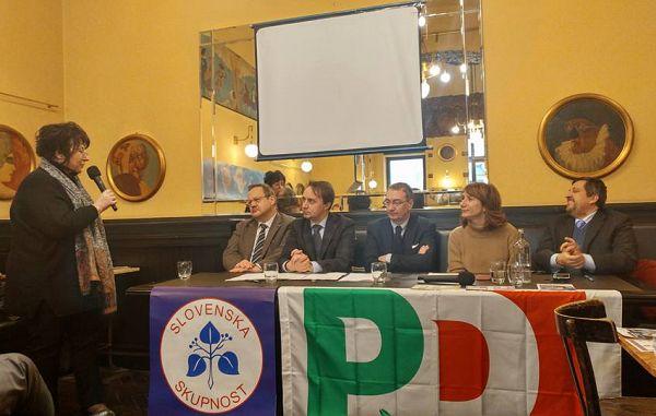 Slovenska skupnost in Demokratska stranka podpisali sporazum