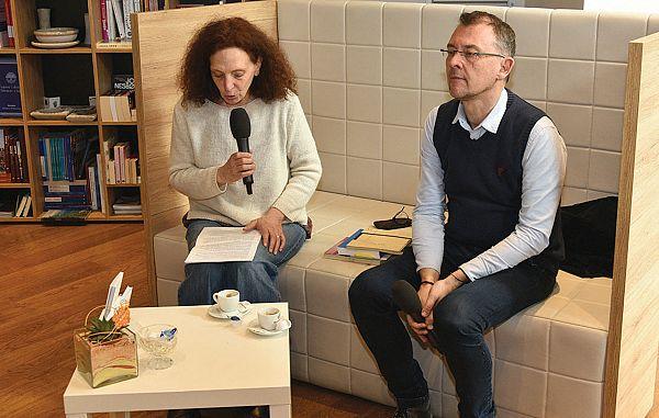 Kava s knjigo – gost Miha Obit