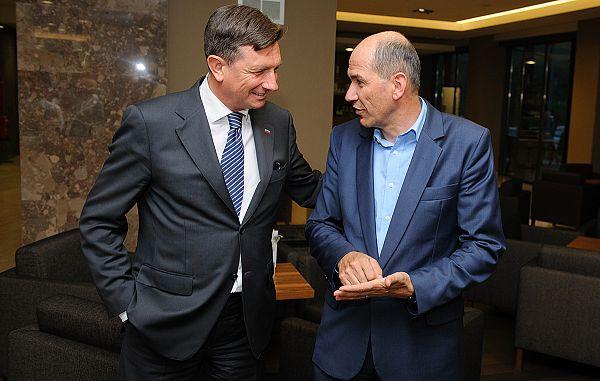 Snovanje dveh koalicij za oblikovanje nove vlade!
