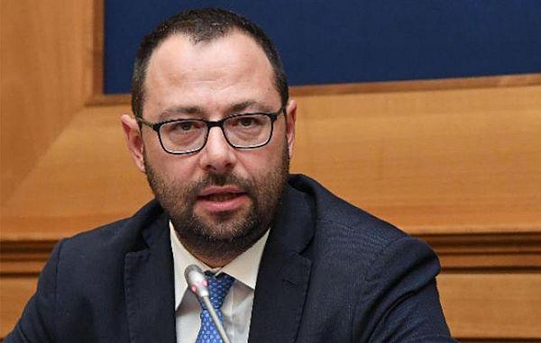 Senator Patuanelli je upošteval posebnost manjšinskih medijev