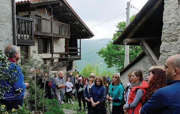 Slovenska pesem na pobočjih Idrske doline (1)