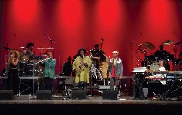 Gost je bil znani saksofonist Kamasi Washington