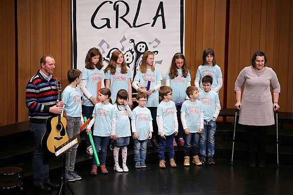"""Otroška pevska skupina """"Z ul'ce"""""""