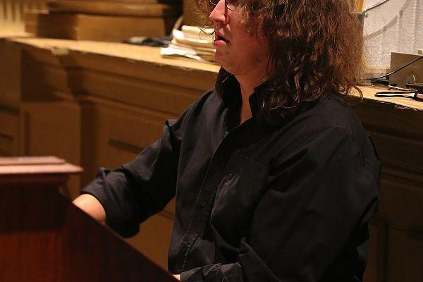 organist Riccardo Cossi
